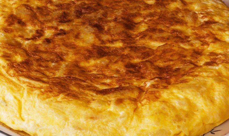 Tortilla de patatas light como cocinarla paso a paso