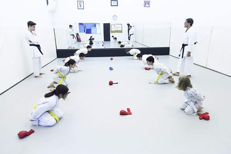 Practicar Karate infantil en barcelona