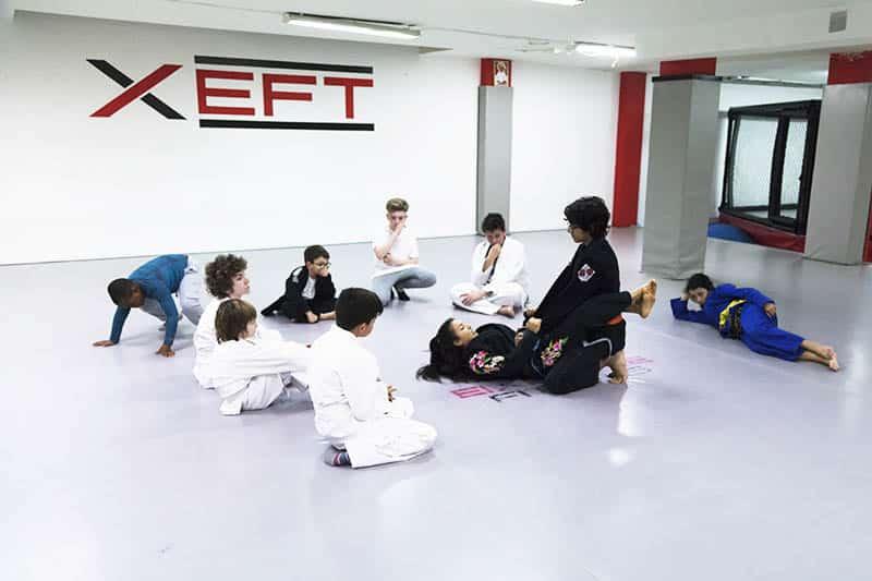 Practicar jiu jitsu infantil