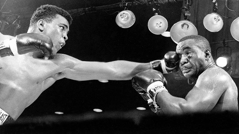 Grandes del boxeo Cassius Clay su mejor momento