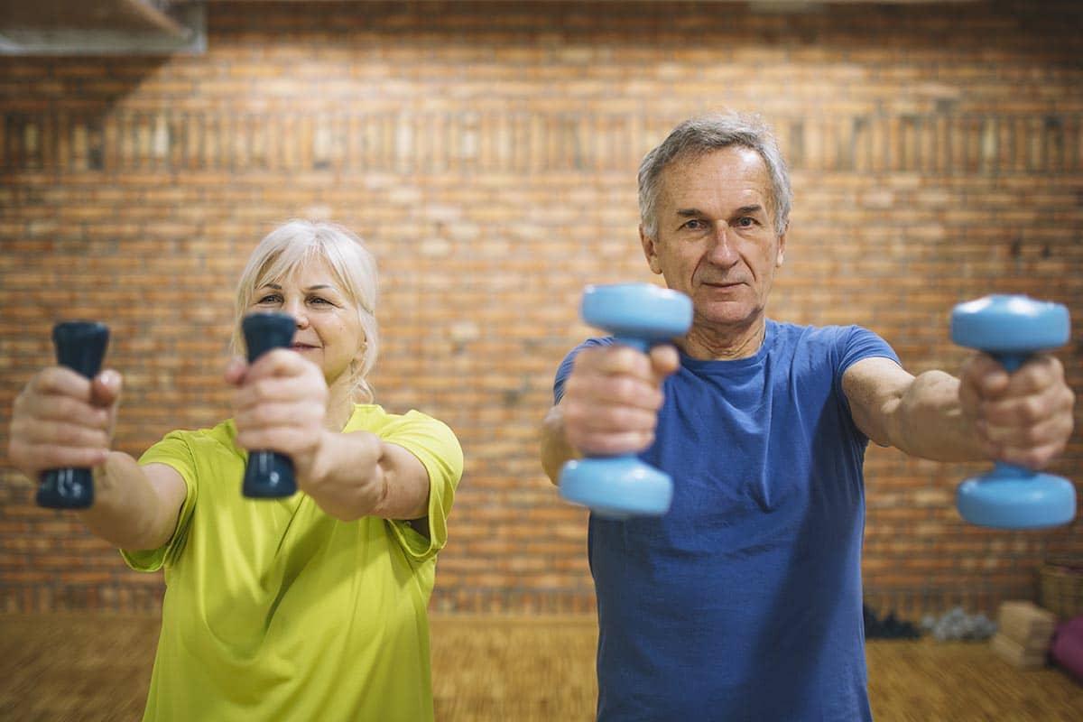 ¿Por qué los mayores también tienen que ir al gimnasio?