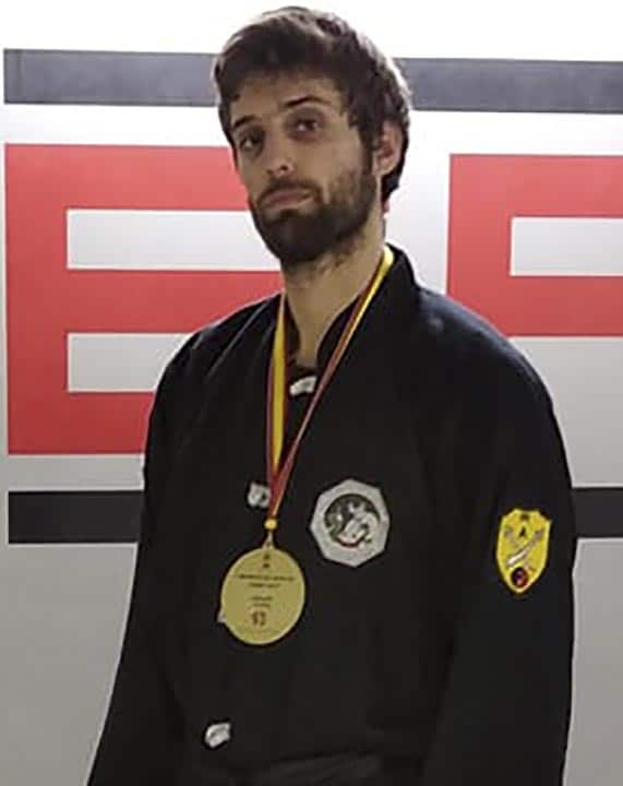 Roger Cabañas 2º DAN Kung Fu profesor Barcelona